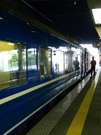 14系(金沢駅)2