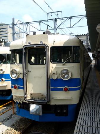 475系と413系(富山駅)2