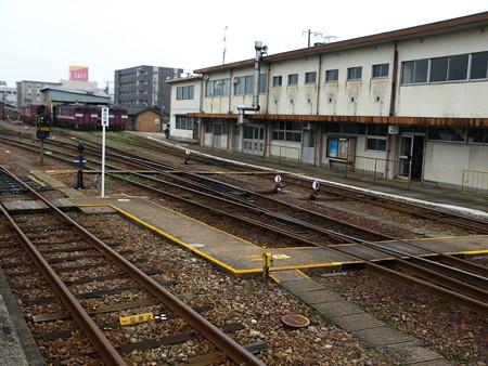 高岡駅15