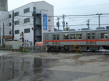西金沢駅12