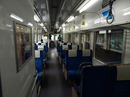 のと鉄道NT211車内1