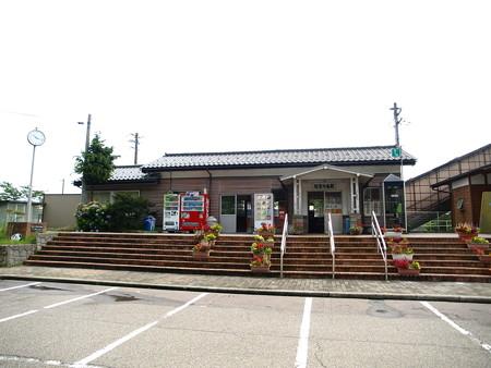 能登中島駅17