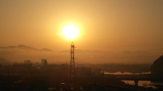 霧の朝……