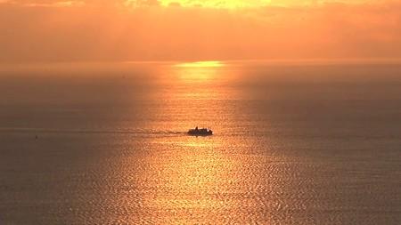鋸山展望12―金の海に抱かれて