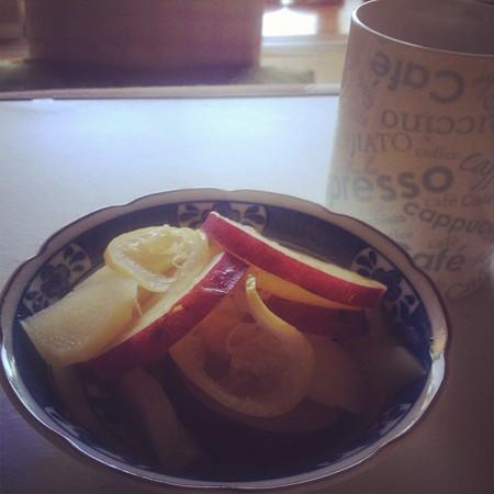 リンゴとさつまいものレモン煮