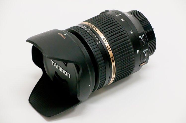 TAMRON SP AF17-50mm F/2.8 XR Di II VC LD Aspherical [IF] (Model B005NII) フード装着