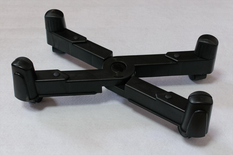 Corsair Obsidian 550DにパソコンケーススタンドCS-7XKを取り付け 003
