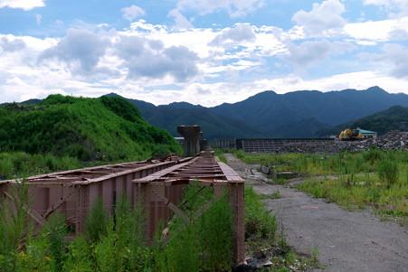 2012.08.13 大槌町 山田線 橋脚と落ちた桁