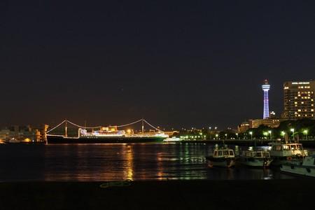 2012.12.09 みなとみらい 大桟橋入口から山下公園