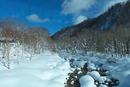 2013.01.28 乳頭温泉鶴の湯~アルパこまくさ 送迎バス車窓