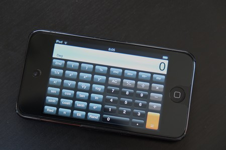2013.02.11 机 iPodに関数電卓