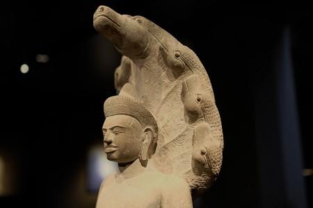 2014.02.07 東京国立博物館 ナーガ上の仏陀 カンボジア・アンコールトム TC-378