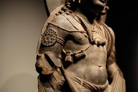 2014.02.07 東京国立博物館 菩薩立像 右腕 パキスタン・ガンダーラ