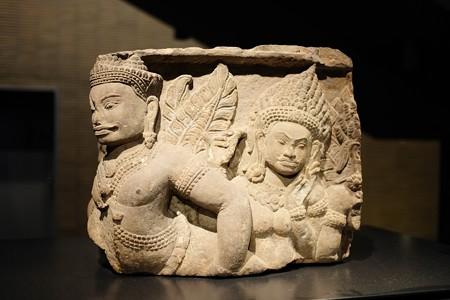 2014.02.07 東京国立博物館 有翼神浮彫 ピミアナカカンボジア TC-406