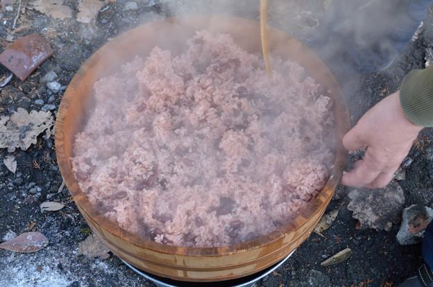 炊きたての赤飯