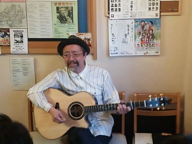 写真: 秋本節ライブ- マルコハウス、モノクロは追って。全33枚。良かったよ~~~っっっ♪30