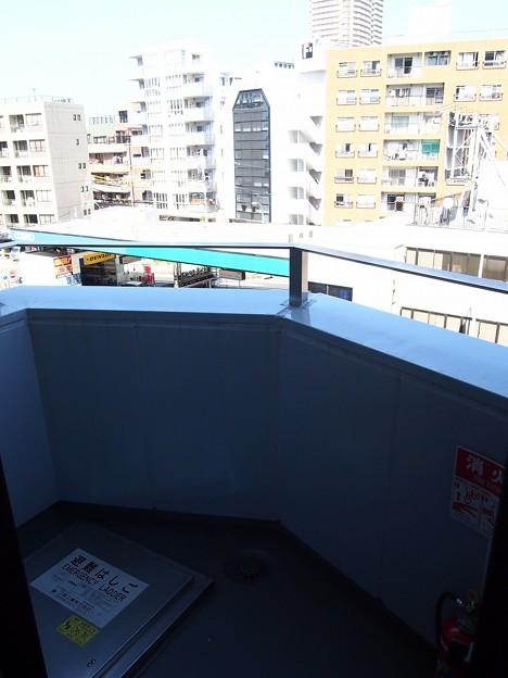 TVB曙橋ビル~ベランダ