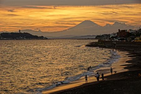 夕焼けの富士山120909