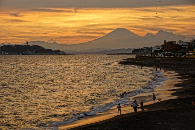Photos: 夕焼けの富士山120909