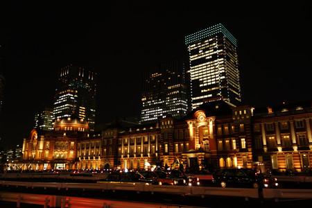 復刻東京駅ライトアップ121005a