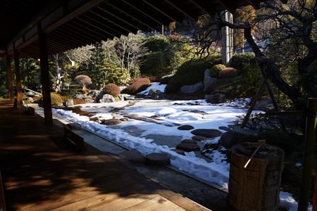 雪景色の枯山水庭園!201301