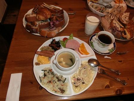 イマジンDogs朝食