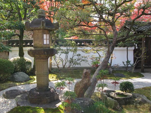 燈明寺石燈籠