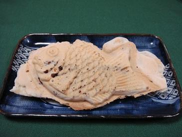 鯛夢楽(たいむらく)うす皮たい焼き