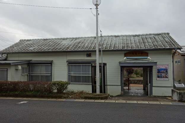 上総亀山駅DSC04489