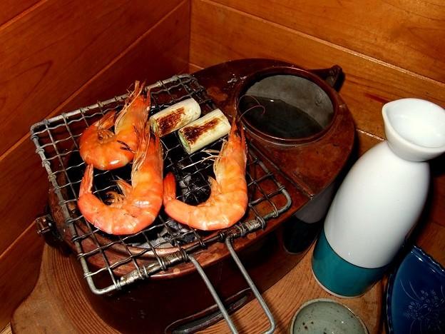 燗銅壺とエビ