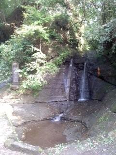 三郎の滝(朝夷奈切通)。