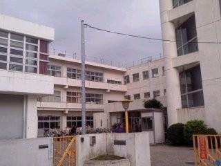 鎌倉市立大船小学校。