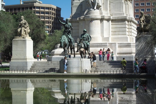マドリッド:スペイン広場にて(ドン・キホーテとサンチョ・パンサ像)