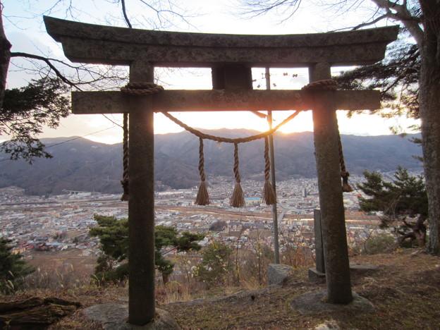 上原城跡 金毘羅神社前より