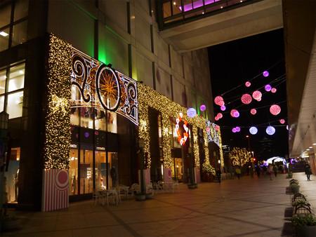 小倉井筒屋のクリスマスイルミ2013(1)