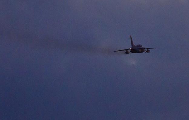 築城基地夜間飛行訓練のT-4