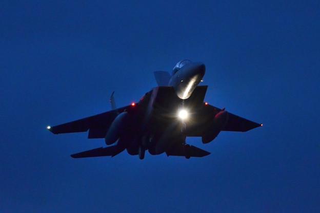 築城基地夜間訓練 真上を飛んで着陸します!F-15