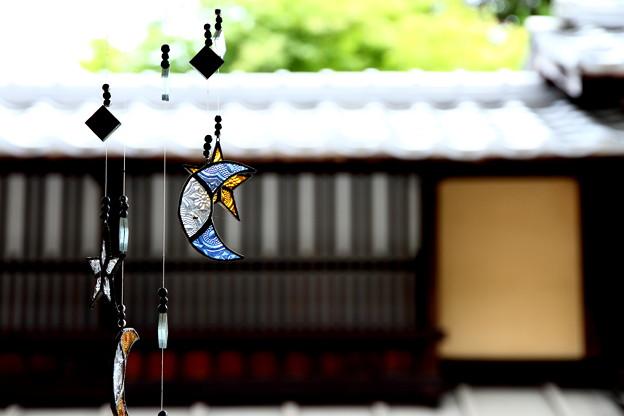 今現在、此処広島市内は気温33℃と記録されたけど・・フェーン現象なんだってね~だから私はウェ~ン現象~(涙)