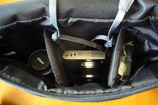 130423-4 カメラバッグの中
