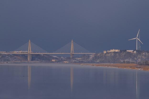 早朝のサンセットブリッジ