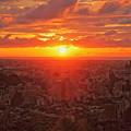 Photos: 金沢市の街並みと夕陽