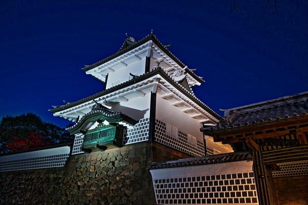 石川門 ライトアップ(2)