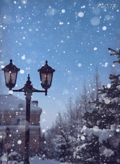 雪 の 降る 街 歌詞
