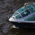 近未来的高速移動式小型水上艇