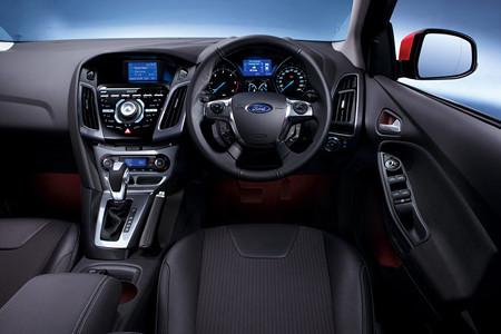 新型フォード・フォーカス 2