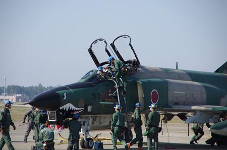 RF4E 着陸2