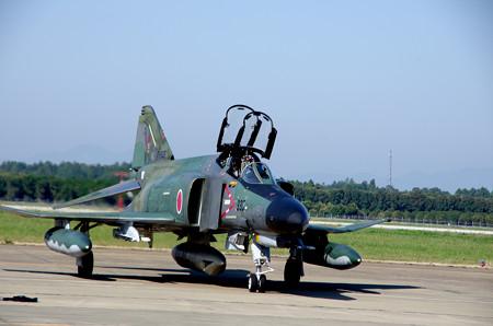 RF4EJ 着陸