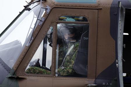03_UH1パイロット