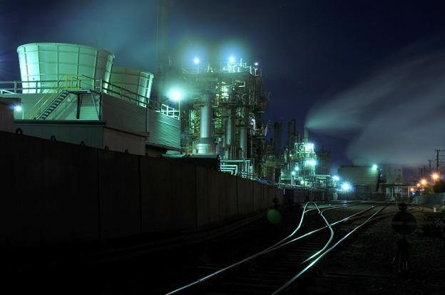 京浜工業地帯の工場夜景 千鳥町?・・20130126