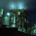 写真: 京浜工業地帯の工場夜景 千鳥町 筋肉質な骨格・・20130126